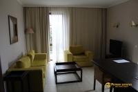Едноспален апартамент с островна кухня в елитен хотел